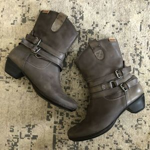 Pikolinos Harness Strap Ankle Boots